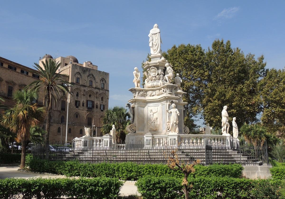 Victory Square, Palermo